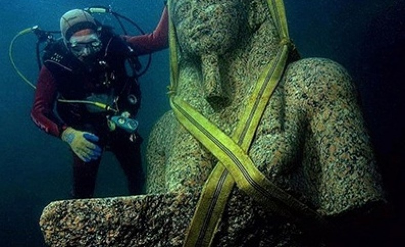 شهر غرقشده هراکلیون در مصر باستان/ عکس