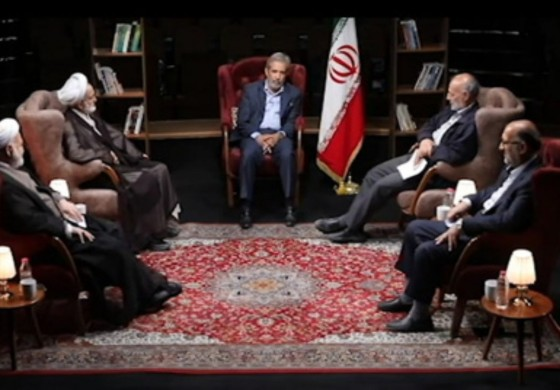 احمدینژاد گفت میخواهم یک نفر را قربانی کنم/ روایتی از دعوای احمدینژاد و لاریجانی در یکشنبه سیاه مجلس
