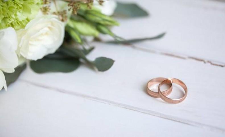 ازدواج غم انگیز ۲ خواهر با یک مرد در یک روز