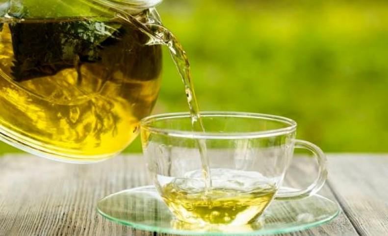 چای سبز در مقابله با کرونا موثر است