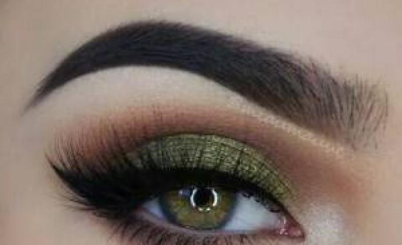آرایش چشم مجلسی مخصوص چشم های سبز