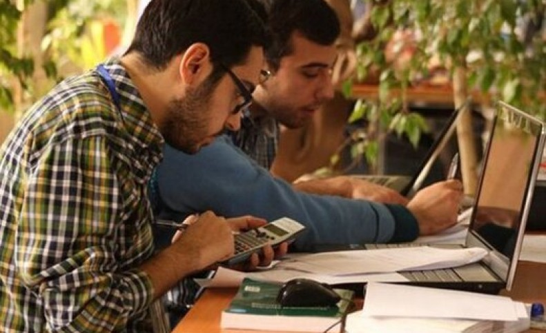 دانشگاه شریف تمامی دانشجویان خود را واکسینه میکند/ برگزاری ترم پاییزی با حضور دانشجویان