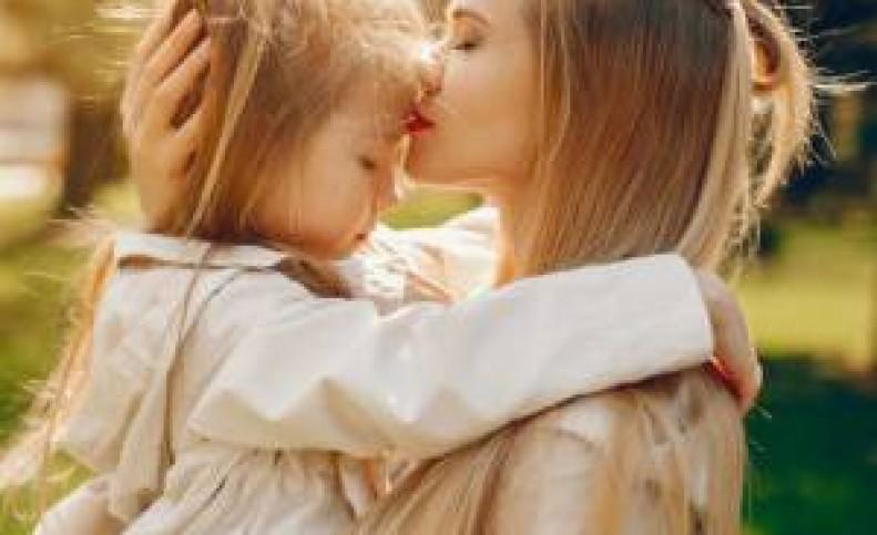 تربیت موفق کودک تک والدی اصول خاصی دارد
