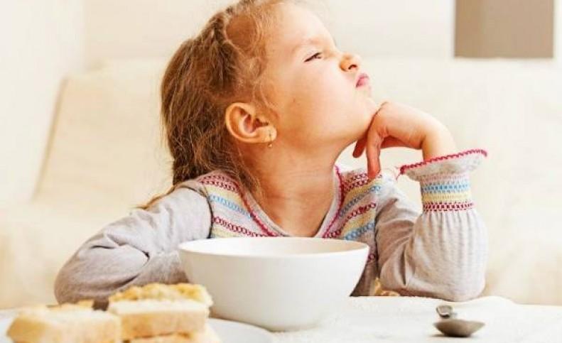 با این روش کودک بد غذا را عاشق غذا کنید!