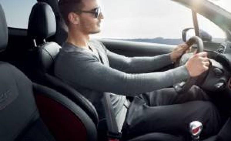 نکاتی برای آنکه حین رانندگی کمردرد نگیرید