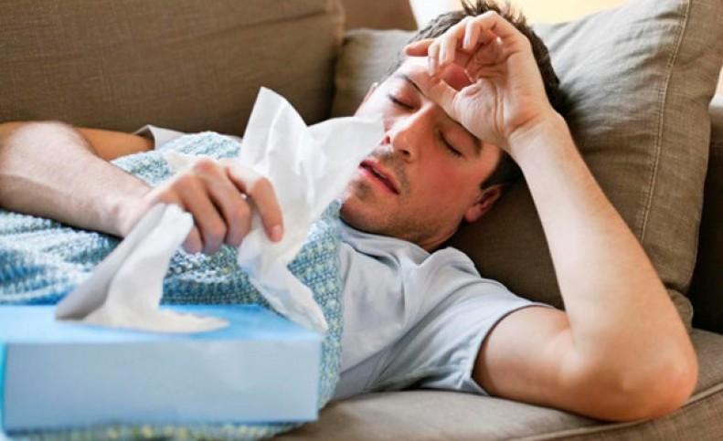 ۹۹ درصد افراد با علائم سرماخوردگی کرونا گرفته اند