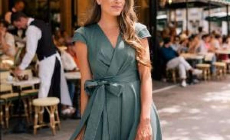 یه خانم چهارشانه چطوری لباس بپوشه بهتره ؟