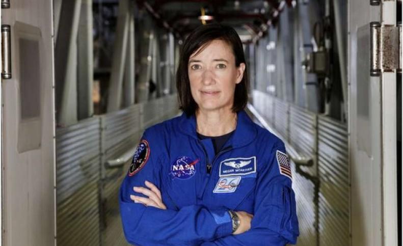 بستنی؛ هدیه تولد فضانورد ناسا در فضا!