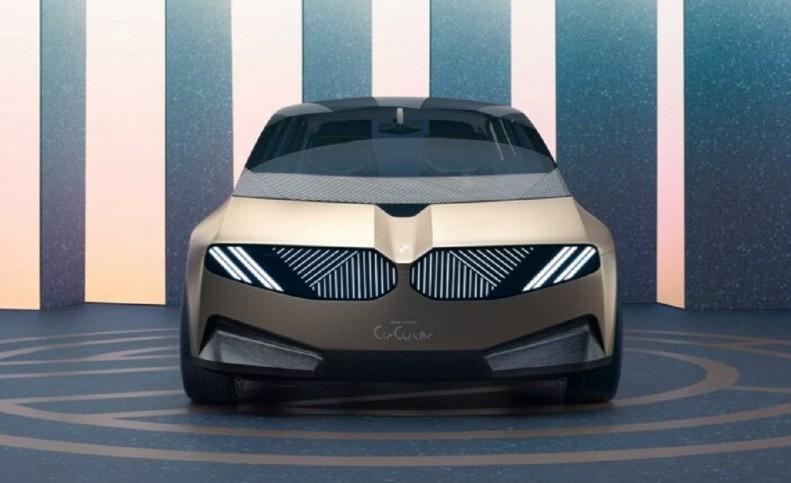 خودروی قابل بازیافت و مفهومی BMW رونمایی شد