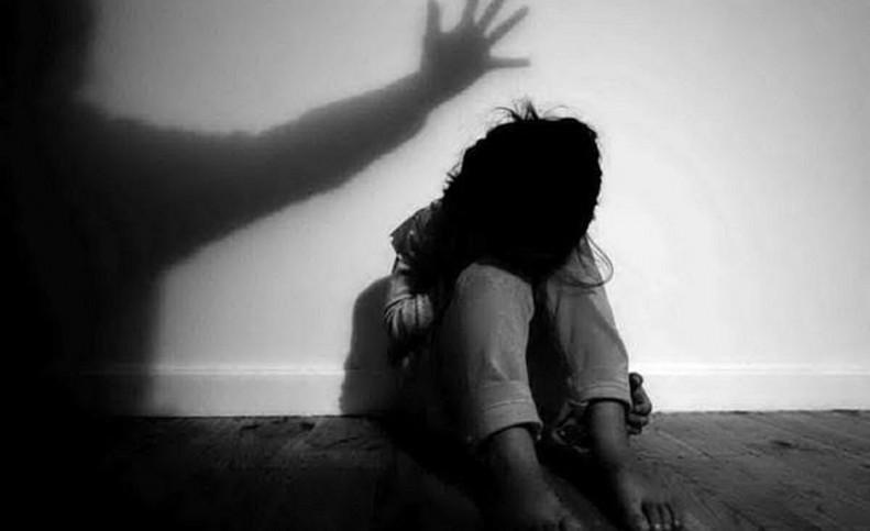 تجاوز به دختر 13 ساله قبل از فرار به افغانستان