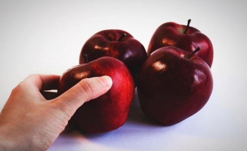 برای لاغری، سیب رو شب بخورم یا روز؟