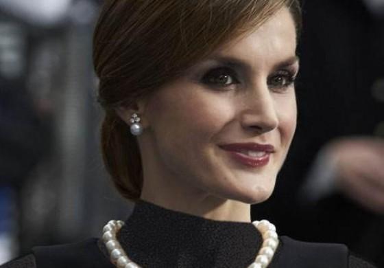 ملکه اسپانیا؛ از روزنامه نگاری تا تاج و تخت