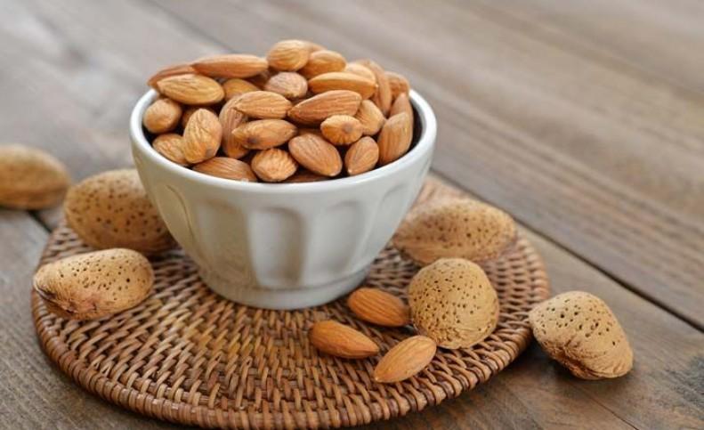 5 مزیت مصرف منظم بادام برای سلامتی