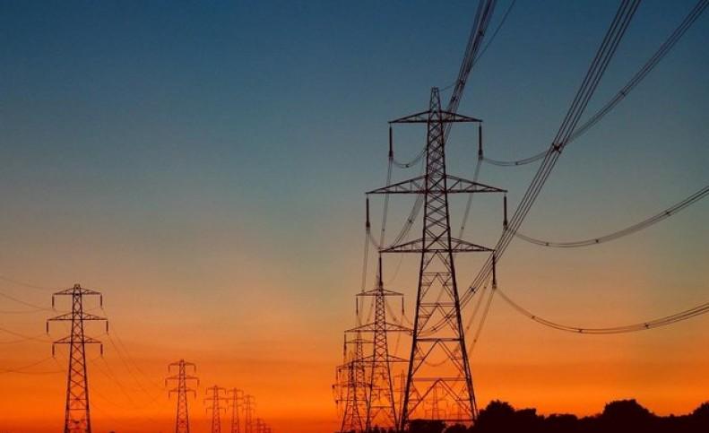 آغاز صادرات برق و کاهش واردات