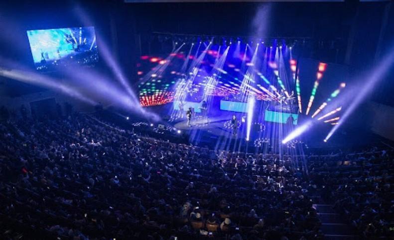 کنسرتها از سر گرفته میشوند