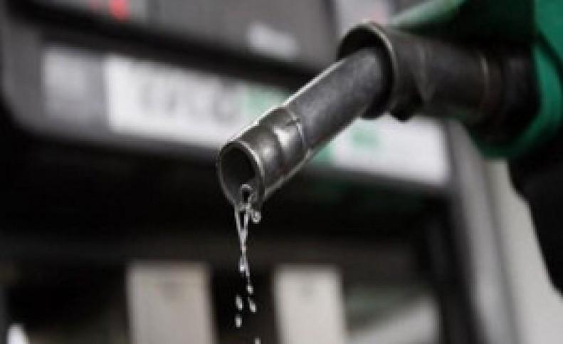 مصرف بنزین در تعطیلات هفته گذشته رکورد زد